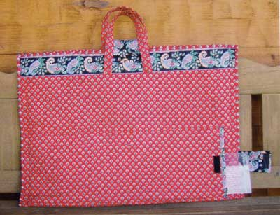 The Quilted Traveler's Tote Pattern | PatternPile.com