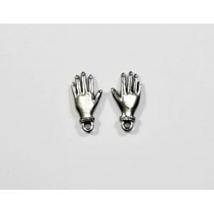 Charm: Hand Pair - Medium [Q1591]