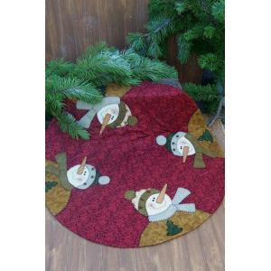 DD - 'Four Frosty's' Christmas Tree Skirt