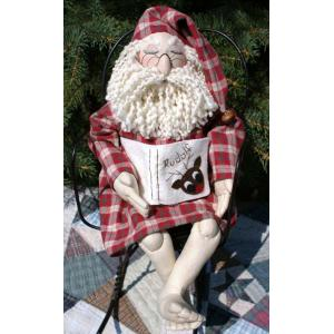 Fiddlestix Designs - Plumb Tuckered Out Santa