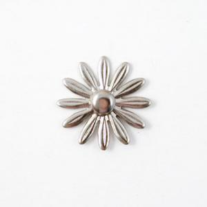 Nunn Designs Ornamental Brads - [dfbs-sb] Daisy Flower Brad Small, Silver